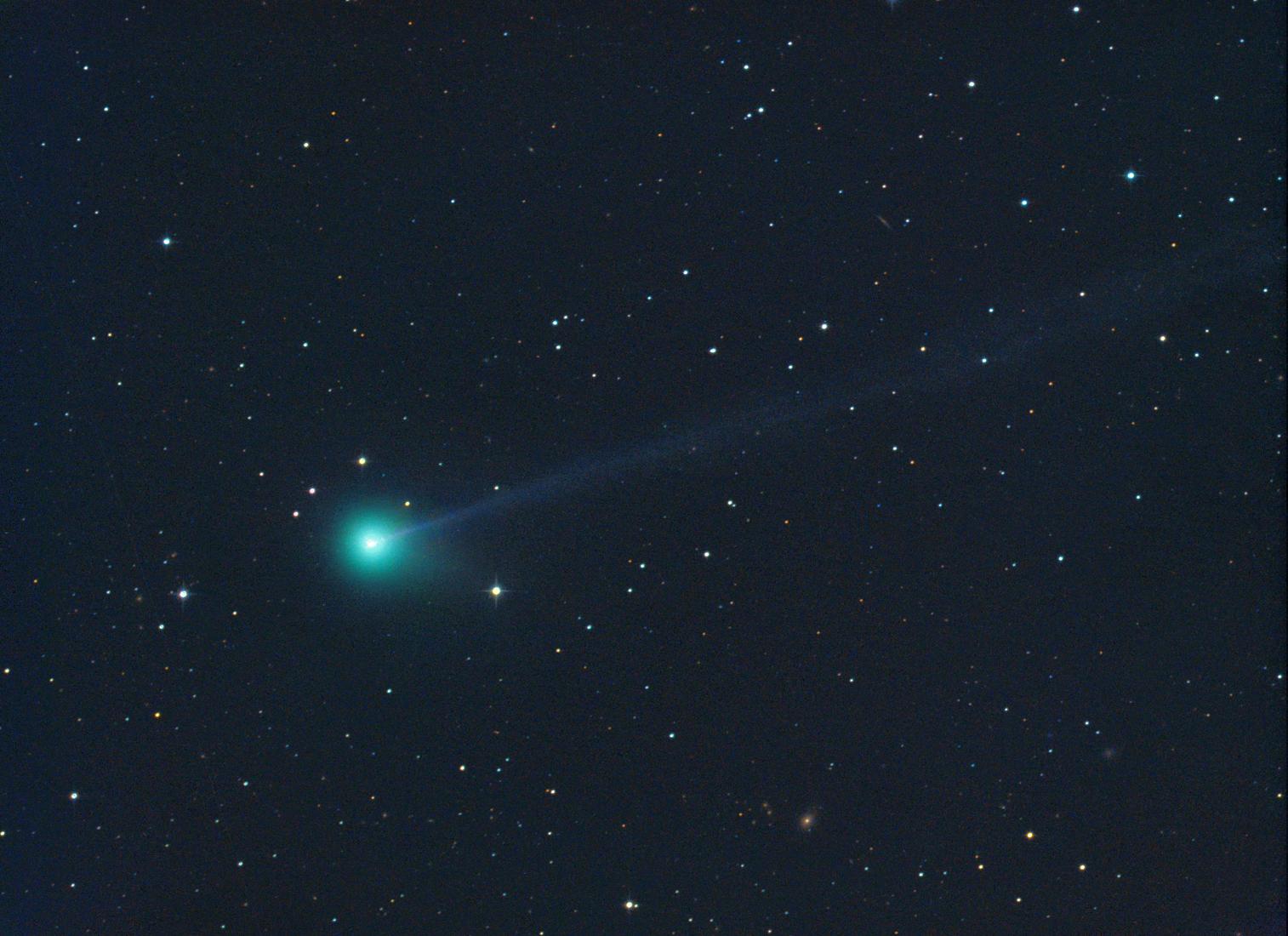 Astronomers area c amateur in d